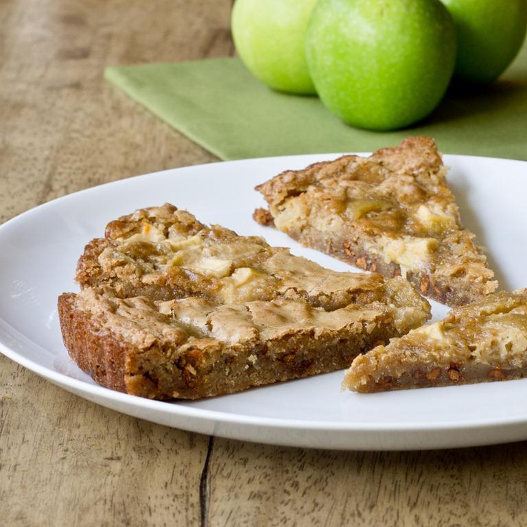 Apple Cinnamon Blondies | Keep It Sweet Desserts